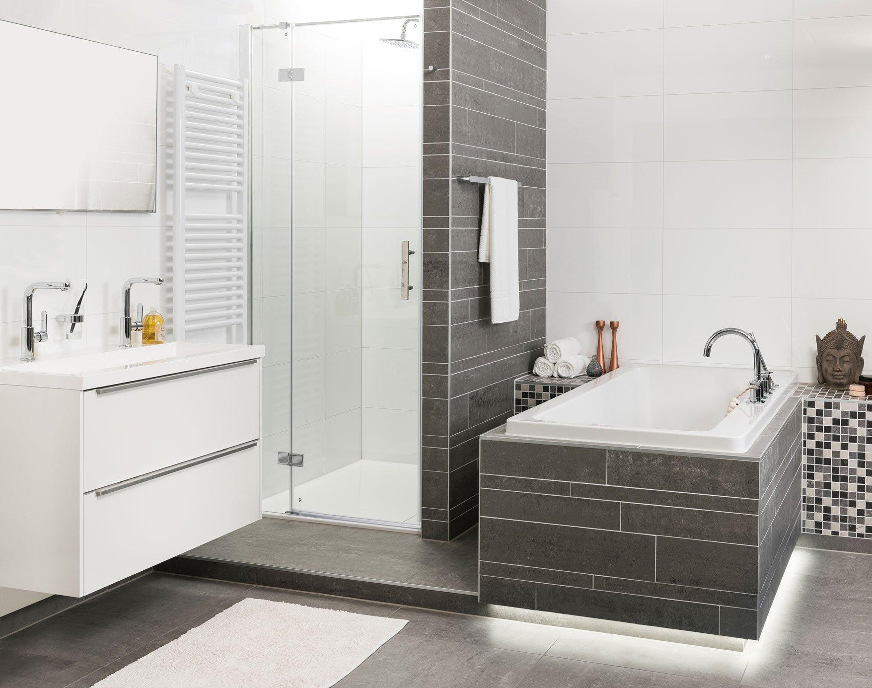 Badkamer Sanitair Brugge : Badkamer renovatie sanixl